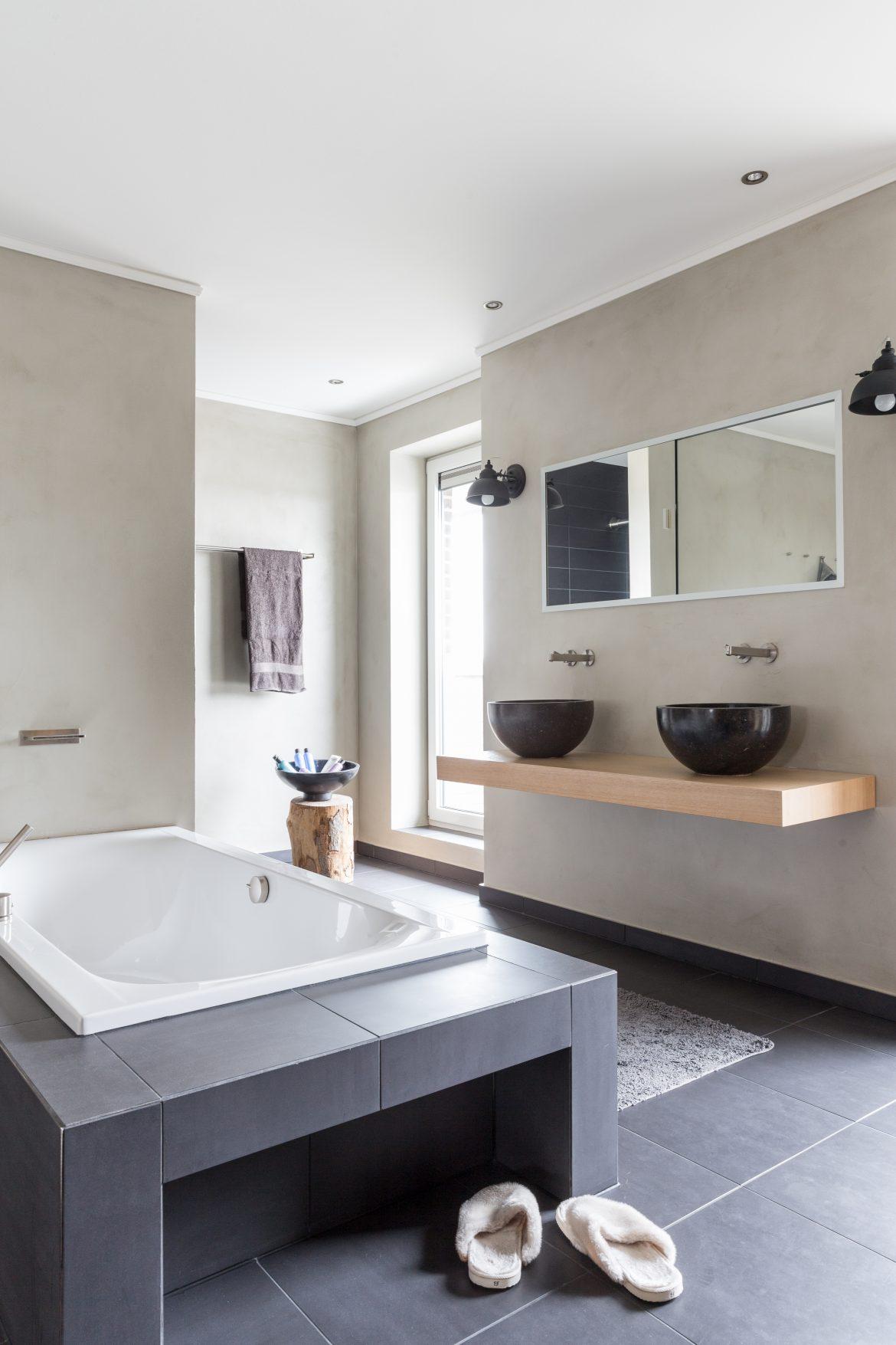 De badkamer in het huis van familie Buijze aan de Borgmeren.