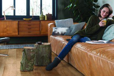 Vloerwarming in huis. Onze specialisten vertellen je alles over geschikte vloeren.